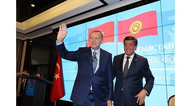 """Cumhurbaşkanı Erdoğan: """"Doların egemenliğine son vermemiz gerekiyor"""""""