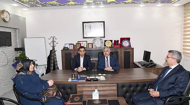Kimya Mühendisleri Odasını ziyaret eden Başkan Polat