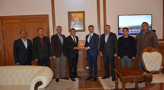 Malatya Güvenlik Korucuları ve Şehit Aileleri Derneğinden Vali Baruş'a Ziyaret
