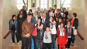 Özel Çocuklar Antalya'dan Madalyalarla Döndü