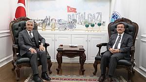 İNÖNÜ ÜNİVERSİTESİ REKTÖRÜ PROF. DR. KIZILAY, BAŞKAN GÜDER'İ ZİYARET ETTİ