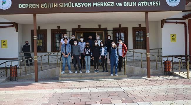 YEŞİLYURT BELEDİYESİ EĞİTİM MERKEZLERİ 'COVİD-19' TEDBİRLERİYLE HİZMET VERİYOR