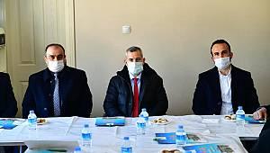 BAŞKAN ÇINAR, MUHTARLARLA İSTİŞARE TOPLANTISINDA BİR ARAYA GELDİ