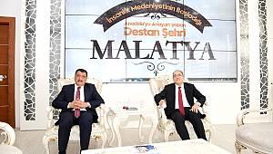 Başkan Gürkan'ı ziyaret eden Milli Savunma Bakan Yardımcısı Alpay,