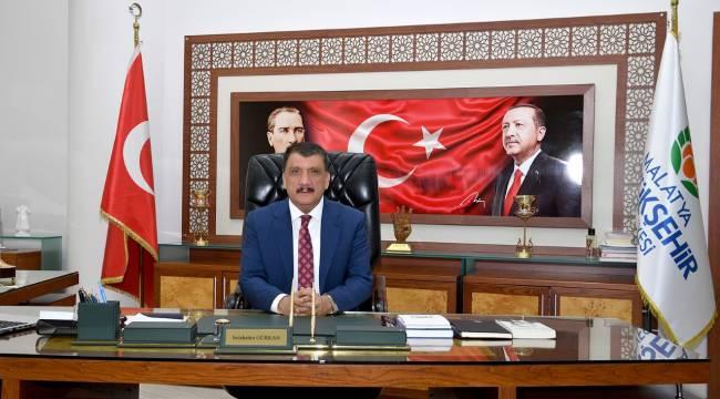 """""""ÖZAL VE HAMİDO'YU RAHMETLE MİNNETLE ANIYORUZ"""""""