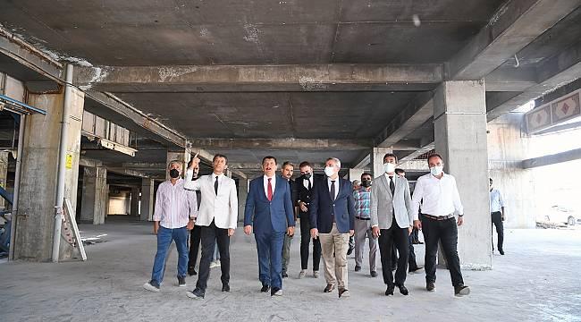 YİMPAŞ binasındaki çalışmaları inceleyen Başkan Gürkan,